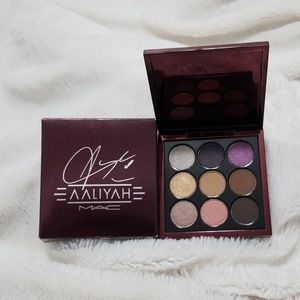 🌺HOST PICK🌺 MAC AALIYAH EYE SHADOW PALETTE